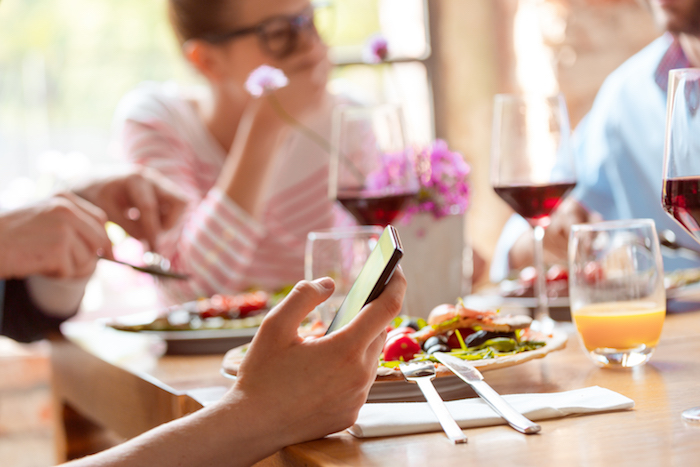 Harness technology to encourage Positive restaurant reviews