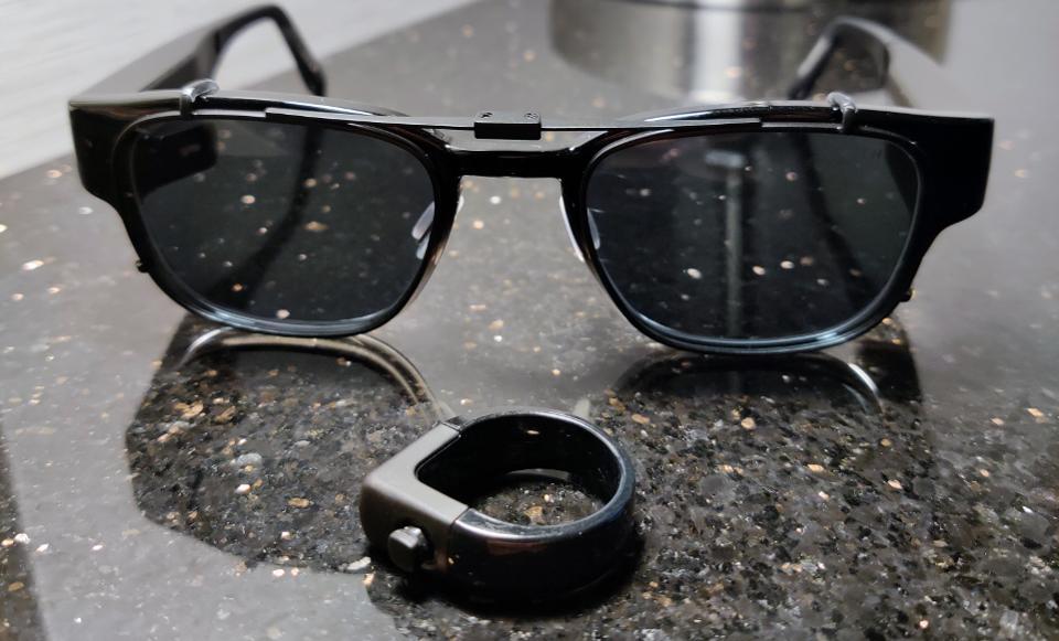 North's Focals AR glasses.