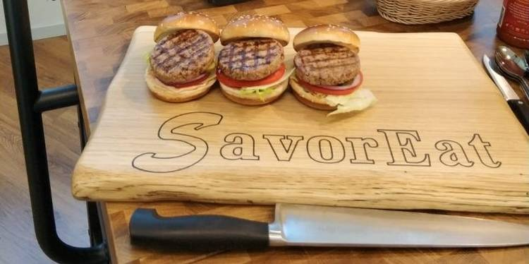 BBB chef and SavorEat burger